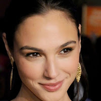 News: Gal Gadot revealed as Wonder Woman in Batman vs. Superman!