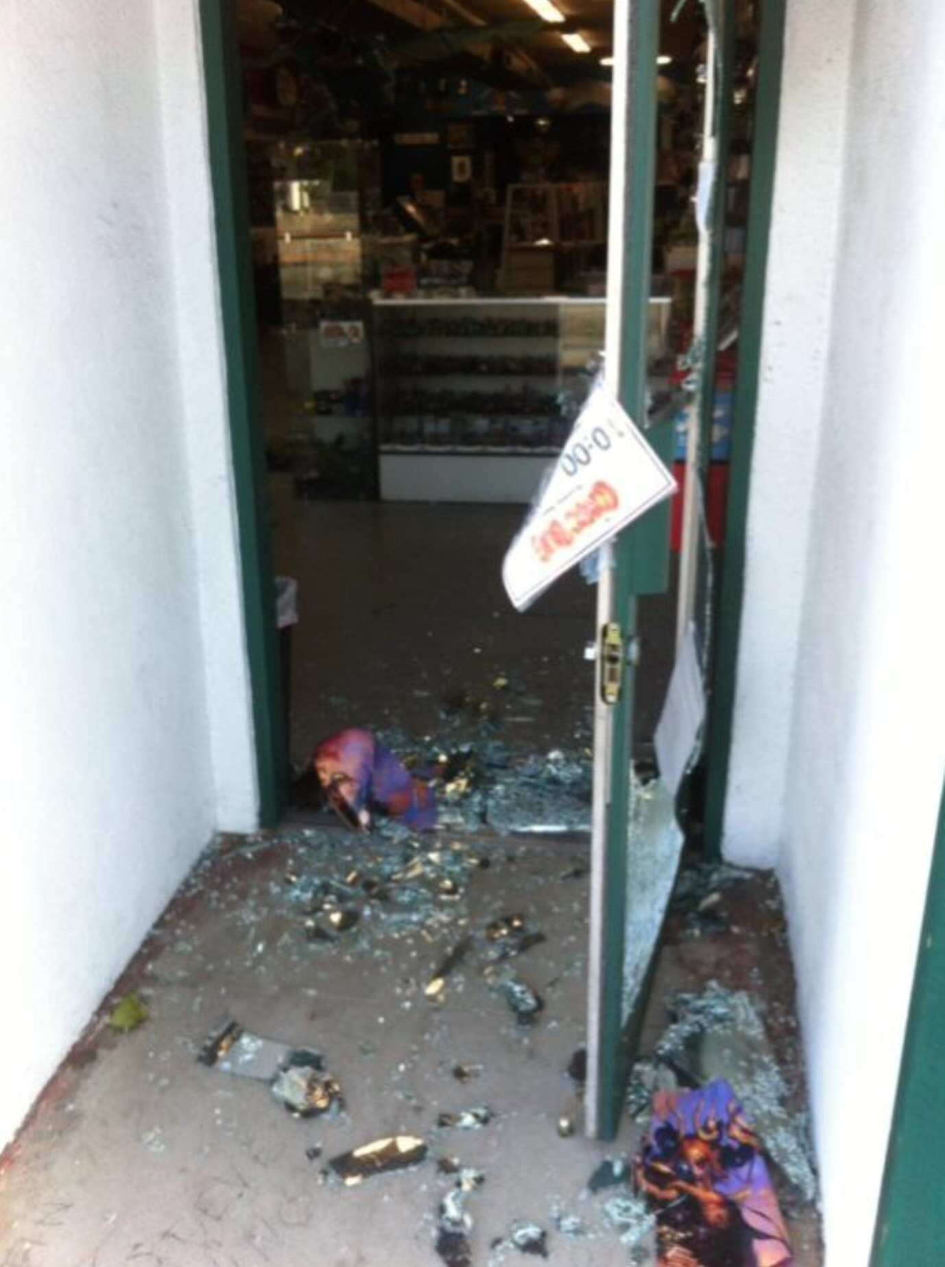Creators and Fans Support Vandalised Comic Store.