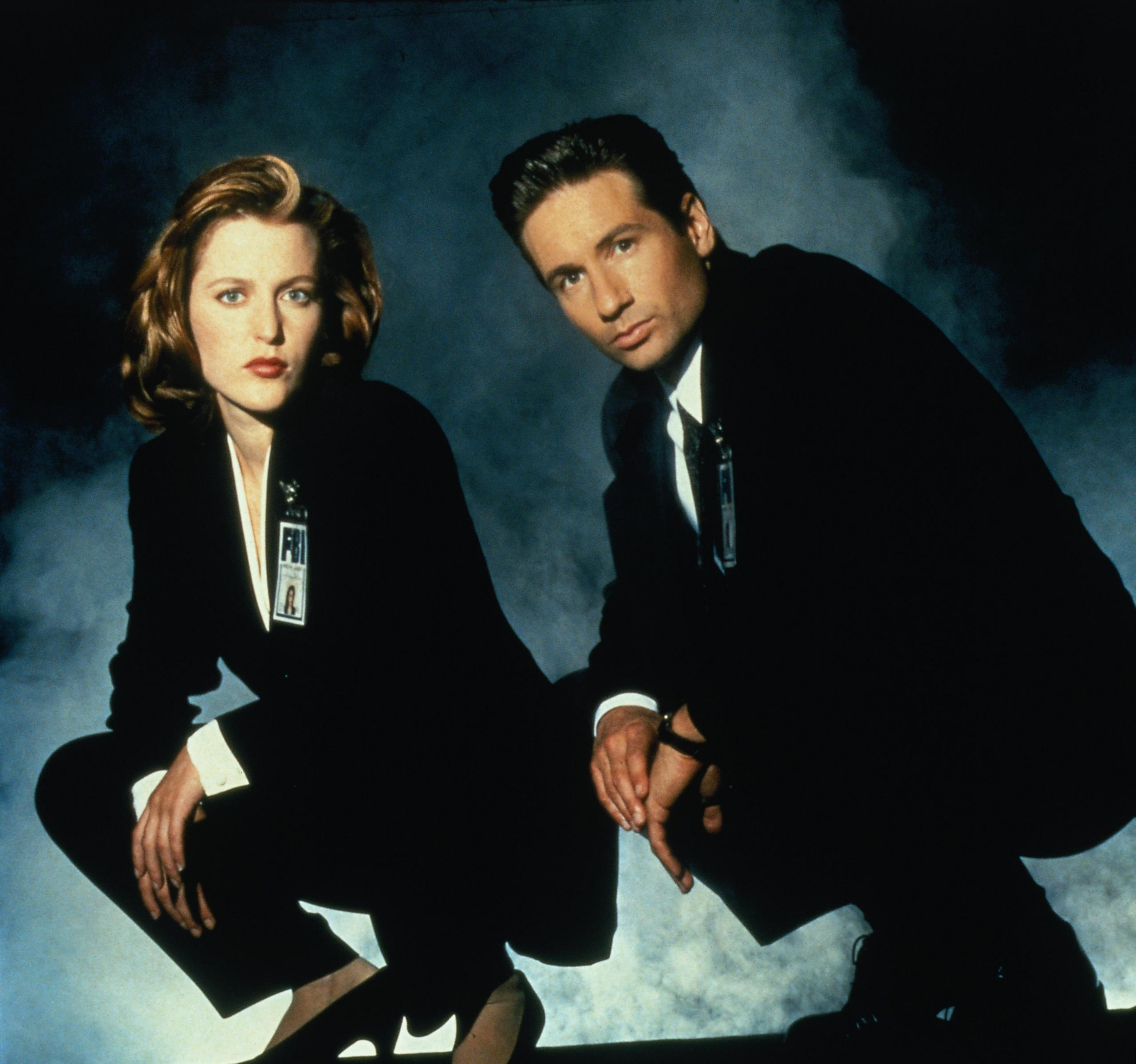 The-X-Files-the-x-files-19911374-2560-2398