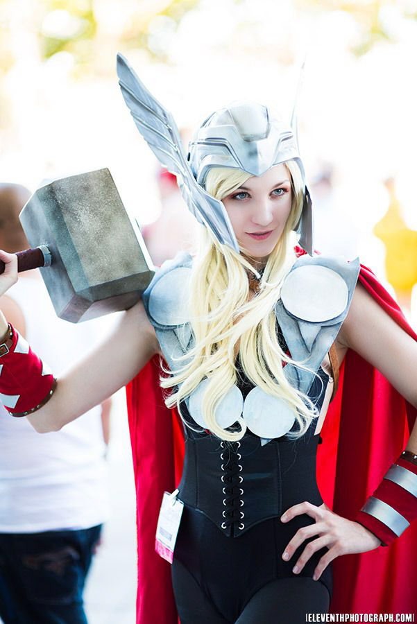 Lady Thor - Axis33