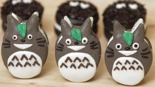 Totoro Macarons