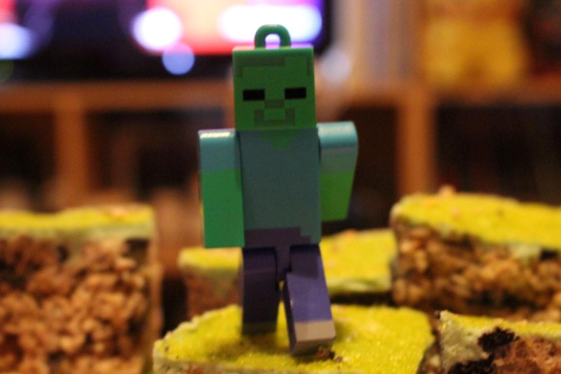 Geek N' Bake: Minecraft Block Snacks