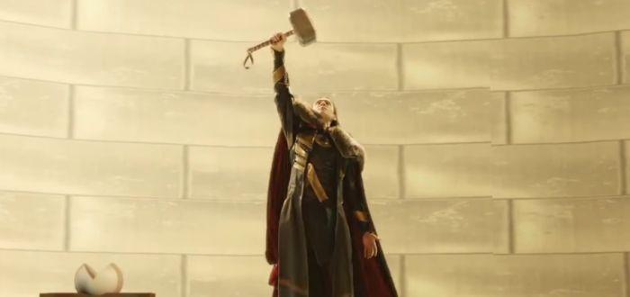 Loki Wields Mjolnir In Thor: The Dark World Deleted Scene