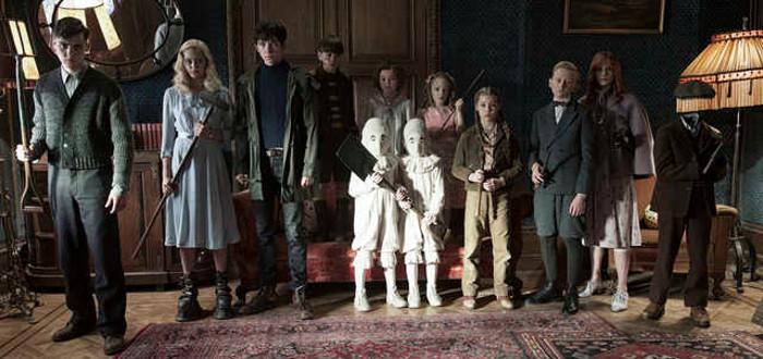 First Look At Tim Burton's Miss Peregrine's Home For Peculiar Children Reveals Peculiar Children