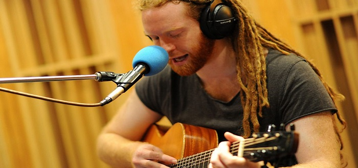 'So Much' – Newton Faulkner – Track Of The Day