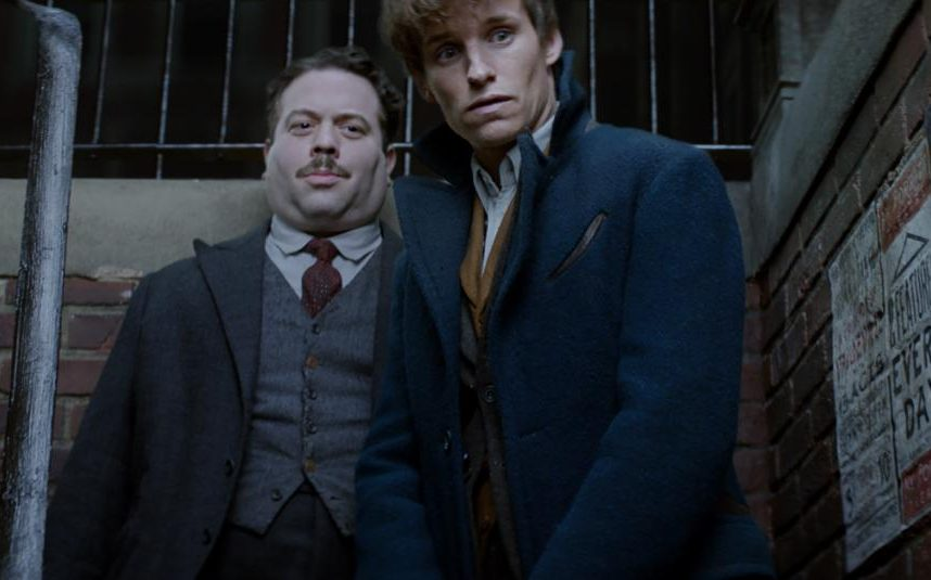 113437494_film_title_fantastic_beasts_and_where_to_find_them_2016_handout_-xlarge_transcwvra147zcynwgnsprk1xwk-qyyao4e-i8v8-xkbjn4