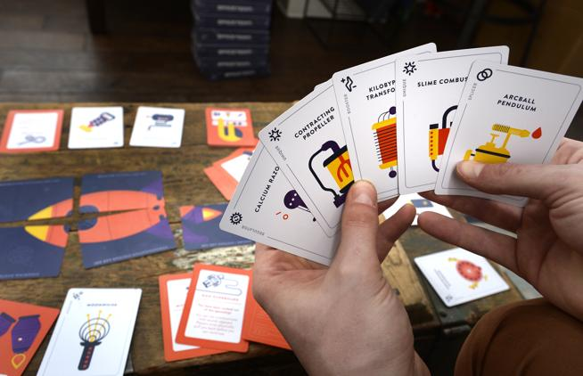 5 Board Games To Play At Parties