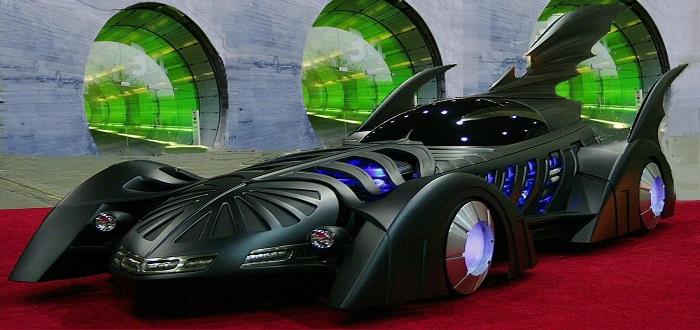 BatmanForevermobile_01_1100