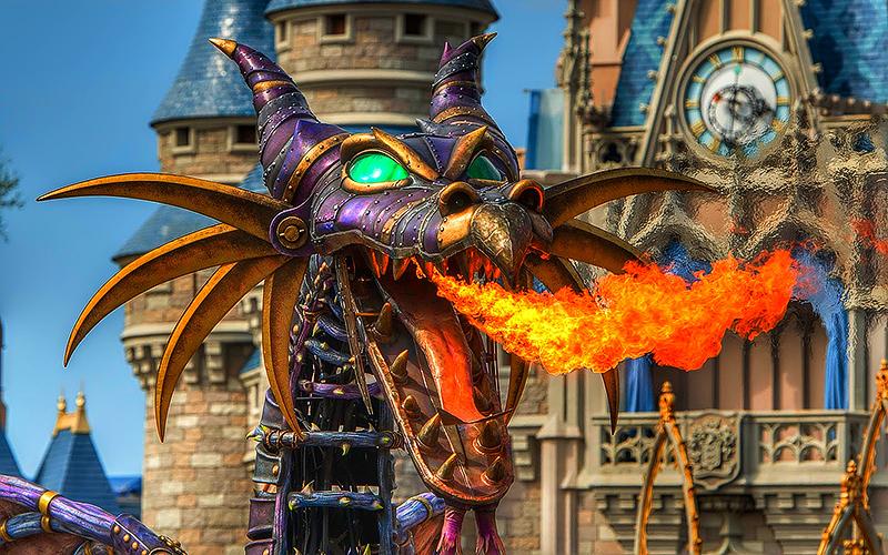 'Halloween' – Disney Parade